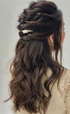 hair inspiration half up 33 Amazing half up half down hairstyles for any occasion braid half up, fishtail braids , half up half down hairstyles Boho hairstyles Engagement Hairstyles, Wedding Hairstyles For Long Hair, Wedding Hair And Makeup, Easy Hairstyles, Everyday Hairstyles, Wedding Hair Half, Indian Wedding Hairstyles, Hairstyles For Long Dresses, Hairstyle Ideas