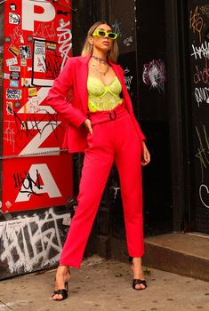 Top Neon, Style, Fashion, 1980s Trends, Outfits, Vestidos, Swag, Moda, Fashion Styles