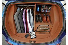 車のトランクをクローゼットにしたら便利?