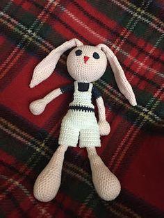 le blog d'Ann O'Malley ou 365 jours d'une femme au foyer: doudou lapin au crochet
