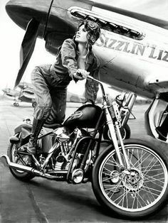 Cool pin up with Harley Biker Chick, Biker Girl, Lady Biker, Vintage Bikes, Vintage Motorcycles, Honda Motorcycles, Bike Motor, Triumph, Motorcycle Art