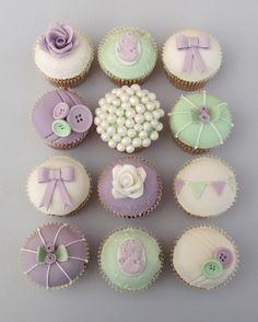 Vintage House workshop cupcakes by Vintage House Bakery, via Flickr.