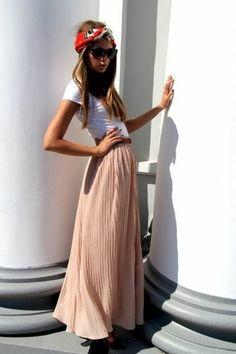 jupe longue plissée rose pale