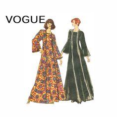 1970s Caftan Dress Pattern Vogue 8464 Square Neck by retromonkeys, $26.00