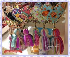 corazones hears with tassels boho gypsy decor and crafts Sewing Projects, Craft Projects, Diy And Crafts, Arts And Crafts, Handmade Crafts, Creation Couture, Felt Hearts, Fabric Crafts, Heart Shapes