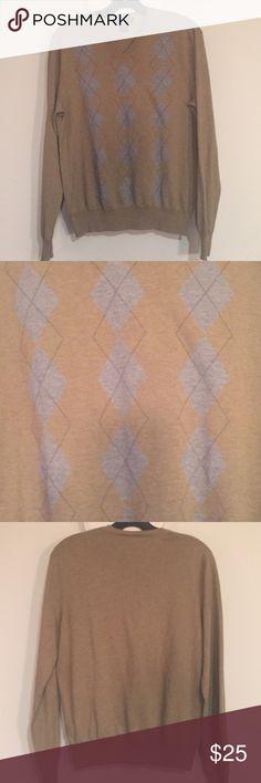Banana Republic Cashmere/Silk Argyle Sweater S Banana Republic silk cotton cashmere v-neck argyle sweater.  Khaki green with blue argyle.  Only worn once.  Small. Banana Republic Sweaters V-Neck
