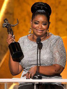 beautiful dress Black Is Beautiful, Beautiful Women, Beautiful People, What Is A Feminist, Octavia Spencer, Sag Awards, Academy Awards, Gap Teeth