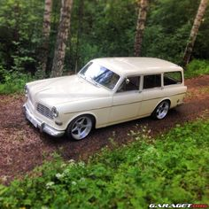 Classic Car News Pics And Videos From Around The World Volvo Wagon, Volvo Cars, Porsche Cars, Jdm Cars, Antique Cars, Vintage Cars, Cool Old Cars, Sports Wagon, Old Wagons