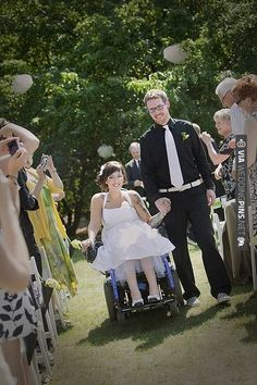 helpful post about planning a wedding for brides, grooms or guests in wheelchairs | CHECK OUT MORE IDEAS AT WEDDINGPINS.NET | #weddings #weddinginspiration #inspirational