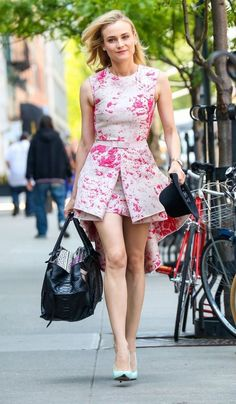 THIS is what you should dress like when running errands! | Diane Kruger in a pretty pink dress
