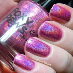 Foxy Paws Holo, Dolly! Collection - Well Holo Dolly   Pointless Cafe