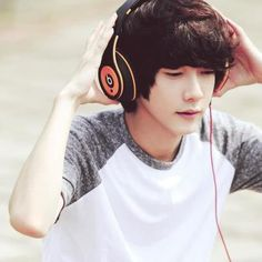 This is ' Lovely Boy ' Park Hyungseok (Hara)