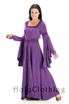 Arwen Square Neck Renaissance Medieval Princess Gown Dress - If I were younger and thinner....