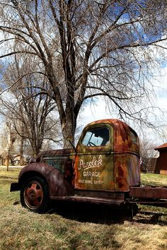 love this old truck ...