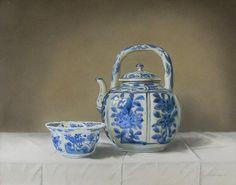 Jan Teunissen, Chinees Kraak 'klapmuts' kommetje en Kraak wijnpot. 24 x 30 cm,