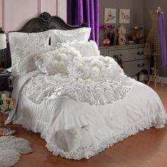 DIAIDI Home Textile,Korean Ruffle Bedding Set,Beautiful Luxury Roses Wedding Bedding Set Queen Size,10Pcs DIAIDI,http://www.amazon.com/dp/B00FHSV9L4/ref=cm_sw_r_pi_dp_Qn.Ksb17N0B78SBW