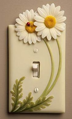 Beautiful & Functional - Decorative Outlet Covers and Cell Phone Holders and Switch Plate Covers Diy Crafts Hacks, Diy Home Crafts, Diy Arts And Crafts, Creative Crafts, Crafts For Kids, Paper Crafts, Polymer Clay Crafts, Diy Clay, Diy Para A Casa