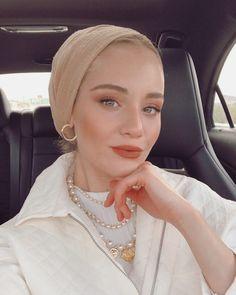 You do things… Mode Turban, Turban Hijab, Turban Outfit, Pashmina Hijab Tutorial, Hijab Style Tutorial, Casual Hijab Outfit, Hijab Chic, Muslim Fashion, Hijab Fashion