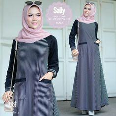 Hijab Gown, Hijab Style Dress, Hijab Outfit, Dress Outfits, Abaya Fashion, Muslim Fashion, Dress Brokat, Salwar Suits Party Wear, Modele Hijab