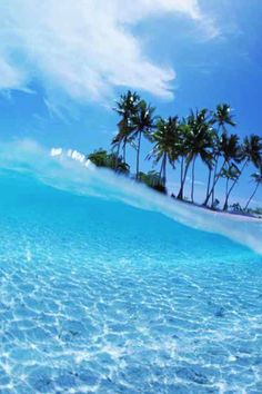 Good afternoon my friendshappy Friday. more with healing sounds: Ocean Beach, Ocean Waves, Beautiful Places To Visit, Beautiful Beaches, Ocean Pictures, Ocean Wallpaper, Paradise On Earth, Paradise Island, Photo Backgrounds