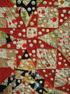Tokyo quilt show. @Carol Van De Maele Van De Maele Morrissey... Here is an interesting usage of dots.