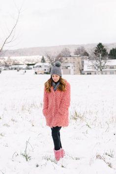 Pink teddy coat Faux Fur Jacket, Fur Coat, Pink Teddy Coat, Winter Wardrobe, Turtle Neck, My Style, Sweaters, Jackets, Outfits