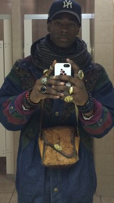 "velvetbrown: "" orlando-devon: "" - Hand Made jacket made by myself - Bag From Argentina - Buddha Bracelets - Infinity Scarf - Septum blackfashion "" Yung Mage looks "" Black Is Beautiful, Beautiful Boys, Beautiful People, Mode Masculine, Pretty Men, Pretty Boys, Black Boys, Black Men, Black Muscle Men"
