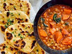 Chickpea curry and garlic naan bread Malva Pudding, South African Dishes, Milk Tart, Garlic Naan, Egg Beaters, Chickpea Curry, Fresh Coriander, Pie Dish, Stir Fry
