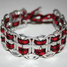 another very cute bracelet made from can tabs.