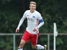 Jan Fiete-Arp, only player born in 21st century to score in Bundesliga- http://sportscrunch.in/jan-fiete-arp-player-born-21st-century-score-bundesliga/  #Bundesliga, #FIFAU-17WorldCup2017, #GermanyCaptain, #HamburgSV, #HerthaBerlin, #JanFiete-Arp  #Football