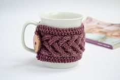 Cup Cozy in Purple, Knitted Mug Cozy, Coffee Cozy von ValKnitting auf DaWanda.com