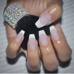 Beautiful by @nailsbyeffi #vegas_nay #style4makeup #nails #makeup #beauty
