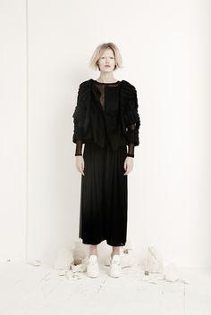 Phoebe English Fall 2014 Ready-to-Wear Fashion Show