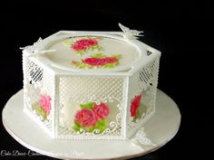 Royal icing love by Prachi DhabalDeb