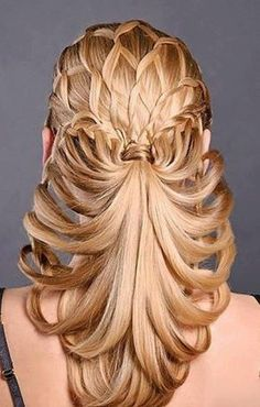 This is called Medusa for it's snake-like appearance. Hairstyle