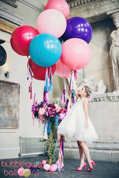 Balloon and flower chandelier! So beautiful