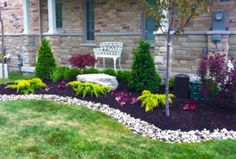 Simple and easy backyard landscaping ideas 18