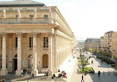 There's no shortage of beautiful, historic, & vibrant things to do in Bordeaux, a UNESCO World Heritage City. Here are the 15 top sights & attractions. Beautiful Architecture, Beautiful Buildings, Baroque Architecture, King Of The South, Visit Bordeaux, Cultural Architecture, Dordogne, World Cities, Europe Travel Tips