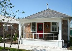 Shell Cottage is an ideal home for just two or up to six. There are 2 bedrooms and 2 bathrooms in this cozy one floor home. Each bedroom has a queen sized bed. The pull out sofa allows for two extra g...