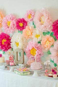 decoracion de fiestas DIY - enormes flores de papel