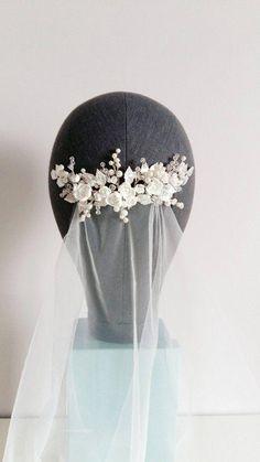 This beautiful airy handmade bridal hair comb with beautiful crystal elements, … Bridal Headdress, Bridal Comb, Hair Comb Wedding, Wedding Hair Pieces, Bridal Headpieces, Pearl Bridal, Sparkle Wedding, Blue Wedding, Wedding Flowers