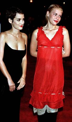 Winona Ryder and Claire Danes | http://best-celebrities-photographs.blogspot.com