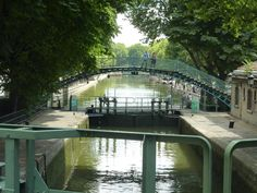 Quinze ans qu'on n'avait plus vu ça. Le canal Saint-Martin– l'un des spots préférés des Parisiens – va être vidé de ses eaux du 4 janvier au 4 avril 2016 pour des...