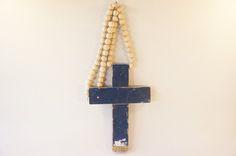 Kruis sloophout aan kralenketting groot donkerblauw