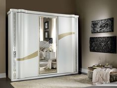 French Furniture Orlando provides you with beautiful, handmade, Italian imported furniture at an affordable cost! Simple Bedroom Design, Bedroom Bed Design, Bedroom Furniture Design, Bed Furniture, Luxury Furniture, Pastel Living Room, Grey Kitchen Designs, Dorm Room Bedding, Bedroom Cupboard Designs