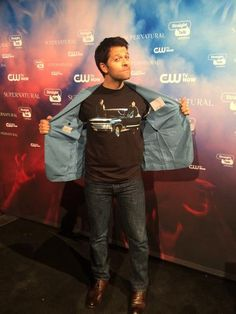 """""""I am arriving at a party to celebrate the 200th ep of #Supernatural! & I don't  remember putting this shirt on..."""" mishas twitter"""