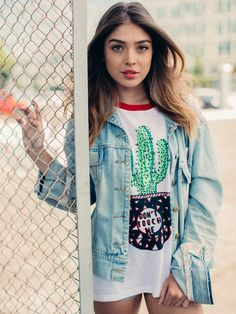T-shirt College Don't touch me! - Girl Power   Doiska