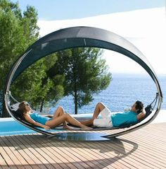Wave & Surf: double garden canopy sun lounger by Royal Botania Outdoor Furniture Design, Pool Furniture, Wicker Furniture, Bathroom Furniture, Luxury Furniture, Outdoor Sofa, Outdoor Living, Outdoor Hammock, Patio Swing