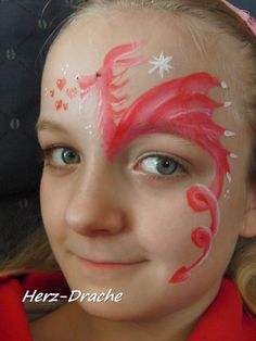 Face painting Pink dragon with hearts
