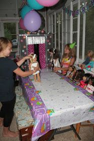 American Girl Doll Play: An American Girl Birthday Party! Fashion show w toilet paper outfits